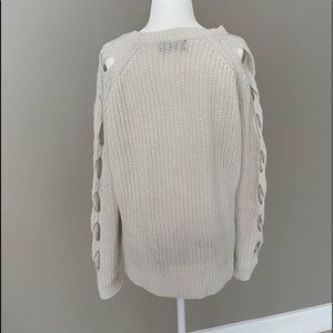 Mustard Seed Sweaters - Off-White Braid Cut-Out Sleeve Sweater